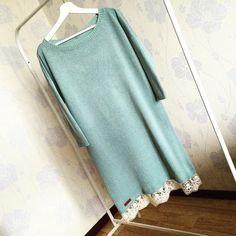 Платье с кружевом из мериноса, шелка и кашемира, красивого оттенка талой воды, выполнено на заказ
