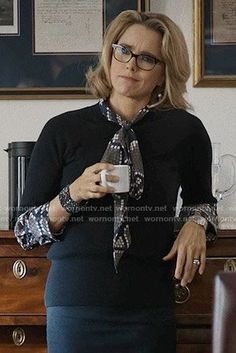 Elizabeth's dotted snake print blouse on Madam Secretary.  Outfit Details: https://wornontv.net/55974/ #MadamSecretary