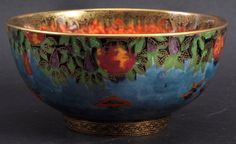 A GOOD WEDGWOOD CIRCULAR LUSTRE BOWL. Pattern No. : Lot 334