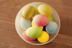 Tips to Naturally Dye Easter Eggs