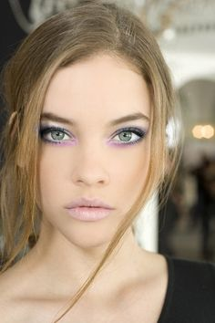 Pastel purple eyes