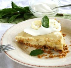 Inspired Edibles: Vanilla Infused Banana Cream Pie with a Whole Grain Graham Crust