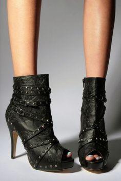 I love my rocker shoes... I need these