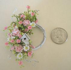 Dollhouse Miniature Pink Rose Daisy and von DEVINEMINIATURESSHOP
