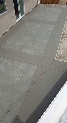 I like the color, not the pattern Concrete Patio Designs, Concrete Driveways, Concrete Floors, Patio Furniture Makeover, Metal Patio Furniture, Hot Tub Backyard, Small Backyard Patio, Ceramica Exterior, Framing Construction