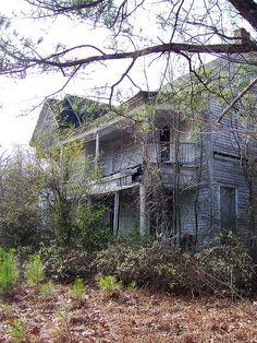 Forgotten House 3 by Rachel Norman, via Flickr