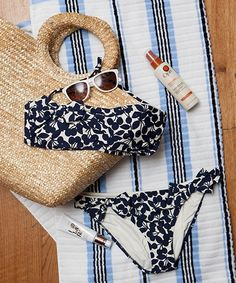 How To Save On Traveling   Experts share insider tips for stretching your dollar and making the most of your summer travels with any budget. #refinery29 http://www.refinery29.com/how-to-save-on-traveling