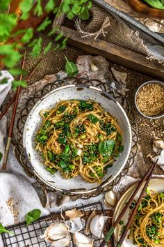 Sweet, savory, and bursting with flavor, this Oil Free Garlic Sticky Noodles can be made in a flash and comes together in less than 20 minutes. Lunch Recipes, Appetizer Recipes, Whole Food Recipes, Vegetarian Recipes, Dinner Recipes, Healthy Recipes, Healthy Food, Spicy Recipes, Healthy Treats