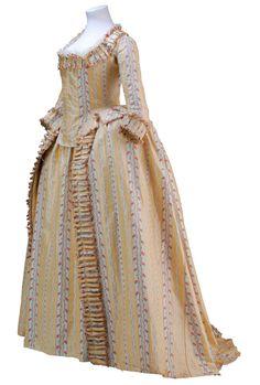 Robe à l'anglaise ca. 1780 From the Museo de la Moda