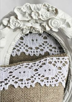 Wonderful white frame with linen & lace