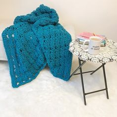 Free Crochet Pattern: Augustine Chunky Throw Blanket