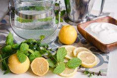 MÁTOVÝ SIRUP DO LETNÍCH LIMONÁD - Inspirace od decoDoma Pesto, Lime, Food And Drink, Homemade, Fruit, Drinks, Cooking, Recipes, Smoothie