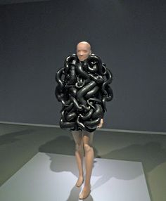 this just looks like someone got attacked by intestines - Dutch Fashion Designer Iris van Herpen: http://kraplap.blogspot.de/2012/04/fashion-iris-van-herpen.html