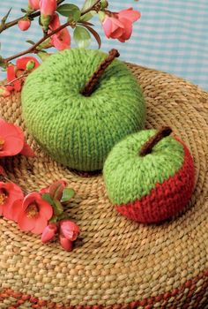 How to Knit an Apple #knitting #howto