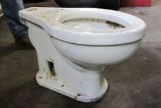 For half a century, Greg's Auto Repair has housed the commode from Aviso Grille, the Führer's biggest yacht