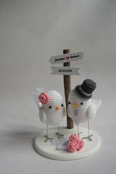 De crochê, passarinhos e corujas são delicados. www.mariahandmade.com (21) 8470 2483 (Divulgação) Crochet Unicorn Pattern, Crochet Fish, Crochet Animal Amigurumi, Crochet Birds, Crochet Animal Patterns, Love Crochet, Amigurumi Doll, Diy Crochet, Crochet Dolls