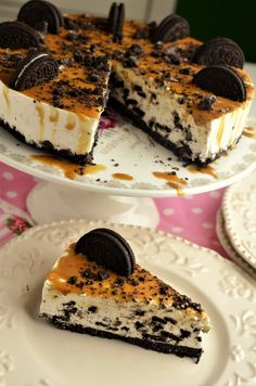 Cheesecake cu Oreo - Retete culinare by Teo's Kitchen Baking Recipes, Cookie Recipes, Dessert Recipes, Oreo Cheesecake, Cheesecake Recipes, Dessert Drinks, Dessert Bars, Peach Yogurt Cake, Vegan Desserts