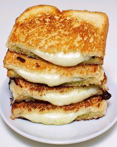 There are all kinds of Grilled Cheese Sandwiches out there, but I don't think anything beats my fave - Melted Havarti Cheese on buttery Sourdough.  Great cheese flavor.  And the Havarti gets oh-so-gooey!