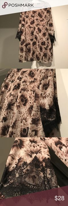 ASTR floral print dress w/ lace detailing This is such a flattering and cute dress ASTR has become one of my favorite brands with great quality clothing. This is a size Large, and very flowy . Love the lace detailing ASTR Dresses Midi