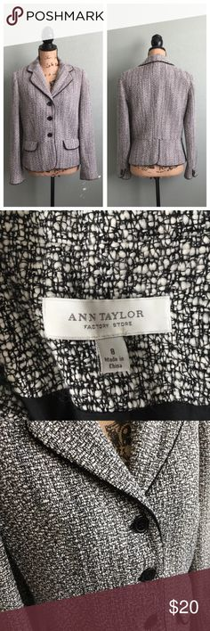 """Ann Taylor size 8 black/white textured blazer! Ann Taylor size 8 black/white textured blazer! Excellent condition. Three front buttons. Faux pockets. Piping along the hem and collar. Fabric is textured. Blazer is lined. Approximate flat measurements: bust 18.75"""", waist 17.5"""", length 22.5"""". I don't trade. Reasonable offers welcome. Thanks! 😊 Ann Taylor Jackets & Coats Blazers"""