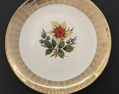Based out of Muskoka Ontario, we sell vintage treasures by muskokavintageco Vintage China, Ontario, Create Yourself, Decorative Plates, Etsy Seller, Base, Tableware, Dinnerware, Tablewares