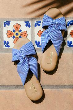 Santana Blue Striped Slide Sandals 5