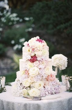 #roses, #hydrangeas  Photography: Braedon Photography - braedonphotography.com Floral Design: NLC Productions - nicosb.com Day-of Planning: Felici Events - felicievents.com  Read More: http://stylemepretty.com/2013/07/26/los-olivos-wedding-from-braedon-photography/