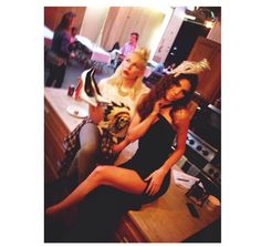 @kendalljenner: #flashback behind the scenes at the family Christmas card shoot with @joycebonelli