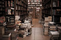 my room soon will look like this… I just have no place to put them books :|
