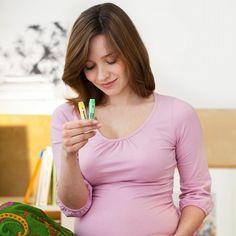 L'homéopathie peut s'avérer efficace dans les dernières semaines qui précèdent ton accouchement mais également le jour J ainsi que les jours qui suivent la naissance de ton enfant. Voici le protocole homéopathique d'accompagnement que je conseille régulièrement à mes patientes. A partir de 34 semaines de grossesse Ce mélange aurait pour but de diminuer de…