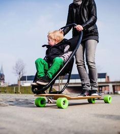 meet the skater mums | skateboard, children s and parents - Designer Kinderwagen Longboard Quinny