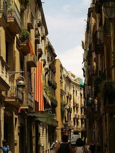 Altstadt von Barcelona  #barcelona #barcelonagram #katalonien #spanien #bcn #catalonia #catalunya #travel #reisen #städtereise #espana #barcelonacity #igersbcn #bcnlovers #igerscatalonia #bcncultural #ig_barcelona #barcelonacitizen #thebarcelonist #barcelonapicoftheweek  #tourismus #städtetrip #travelstagram #tripstagram #roundtheworld #travelholic #abroud #traveling #reiselust #travelblogger