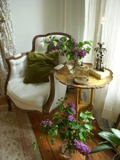 Simply Shabby Chic Blog: Shabby Chic With Lilac