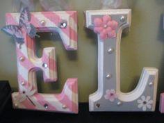 CUSTOM 6 gris y rosado tema guardería biselado por SoooooCute