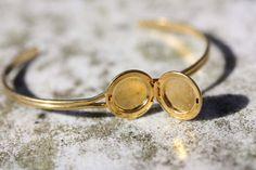 Small Gold Locket Bracelet by diamentdesigns on Etsy, $14.00