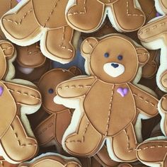 7 dozen of these cute #bears for cancer benefit tonight. #cookies #ohsugarevents