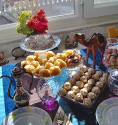 Decorating, crafts, gifts, and baking ideas for Ramadan and the two Eids