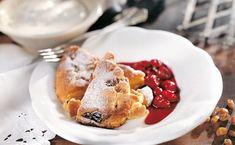 Bild: GUSTO / Stefan Liewehr Pancakes, French Toast, Breakfast, Desserts, Food, Cherries, Tips And Tricks, Editorial Board, Food Food