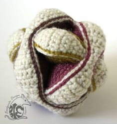 Amish Puzzle Ball – The second one Caron Cakes, Single Crochet, Yarns, Mauve, Two By Two, Puzzle, Winter Hats, Join, Australia