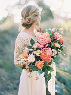 Oval shaped Romantic english garden peony wedding bouquet - Peony wedding bouquet Idea #bouquet #weddingbouquets