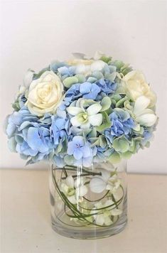 blue wedding flowers images for the bridal bouquet and wedding decorations - Page 25 of 100 - Wedding Flowers & Bouquet Ideas Ivory Wedding Flowers, Wedding Bouquets, Bridesmaid Bouquets, Purple Bouquets, Pink Bouquet, Brooch Bouquets, Flower Bouquets, August Wedding Flowers, Blue Hydrangea Wedding