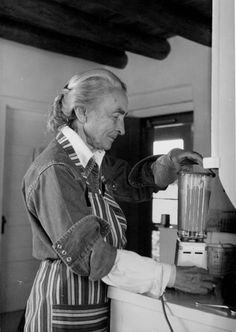 Georgia O'Keeffe in Ghost Ranch Kitchen :: Photography Georgia O'keeffe, Georgia On My Mind, New Mexico, Santa Fe, Wisconsin, O Keeffe Paintings, Art Students League, Into The West, Alfred Stieglitz