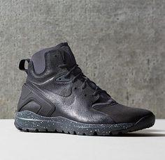new concept 0b2b5 af626 Nike Koth Ultra Mid  Black