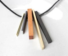 Contemporary Tribal Necklace Minimalist Jewelry por naturametallum