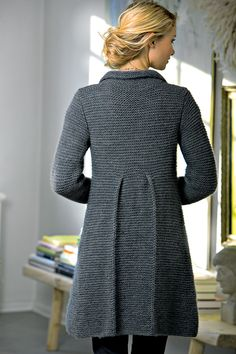 Fiona is a beautiful knit cardigan that showcases one of the unsung heroes in the craft: Garter stitch. Garter stitch is probably the first stitch you… Knitting Daily, Sock Knitting, Vintage Knitting, Knit Cardigan Pattern, Knitted Coat Pattern, Sweater Coats, Sweaters, Coat Patterns, Sweater Patterns