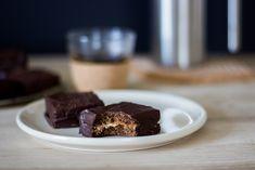 Biscuits choco-caroube fourrés à la crème de cajou | Friendly Beauty – Blog green, positif et breton – Bien être, slow cosmétique, végétalisme, voyages, jolies choses…