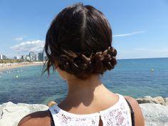 Crochet Necklace, Fashion, Hairdos, Moda, Fashion Styles, Fashion Illustrations