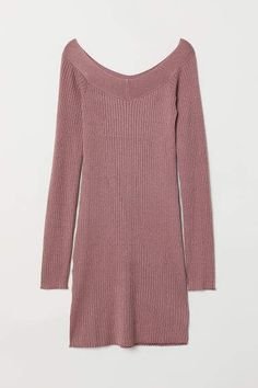 Fitted dress in a soft rib knit with a V-neck front and back and long raglan sleeves. Pink Sweater Dress, Pink Dress, Ribbed Knit Dress, Rib Knit, Rose Vintage, Fashion Company, Sleeve Styles, Vintage Dresses, Fashion Online