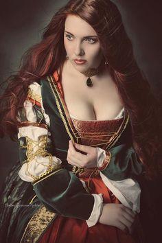 Borgia renaissance dress, renaissance gown, italian medieval dress, Size L-XL, lucrezia borgia, renfaire dress, SCA dress, - pinned by pin4etsy.com