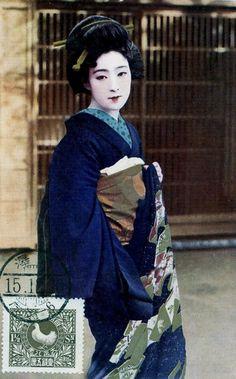Actress dressed as Geisha - Hand coloured postcard - 1920s